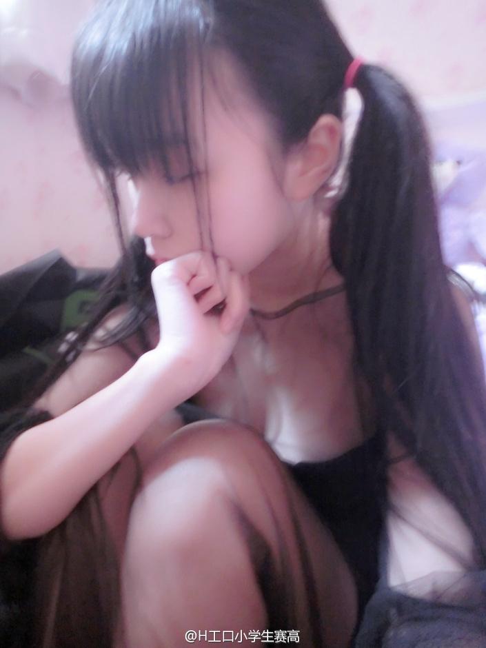 00后小萝莉 H工口小学生赛高 微博晒性感私房照 美女玩家 ChinaGirl图片